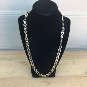 "Jewelry - EUC 24"" gold tone link necklace"